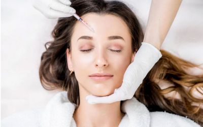 What is the difference between Botox and dermal fillers?